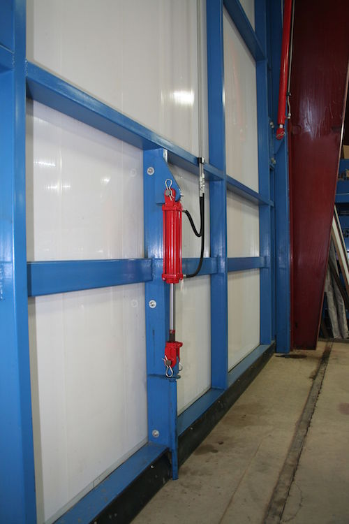 Schweiss Doors Introduces Hydraulic Door Wind Pin