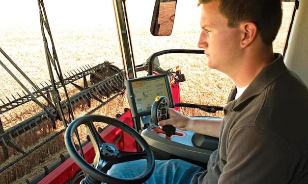 Harvest Efficiency: Case IH's New 250 Series Combines Ramps it Up