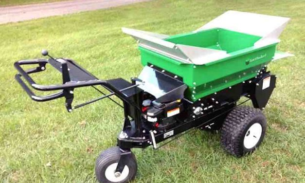 Economical, Self-Propelled Topdresser from Earth & Turf