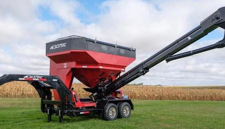 Bulk Conveyor Style Travis Seed Carts Now Available