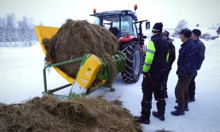 Feeding Frozen Bales in the Arctic Circle: Hustler's Chainless X2400 Meets the Challenge [PRODUCT SPOTLIGHT]