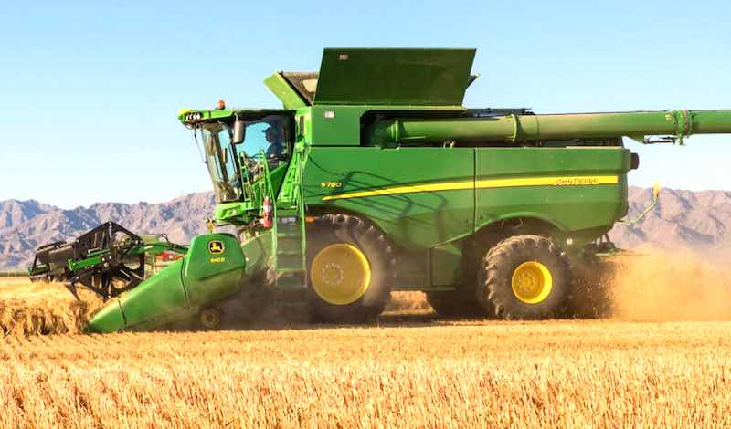 A Closer Look at the New J.D. S700 Combine Updates
