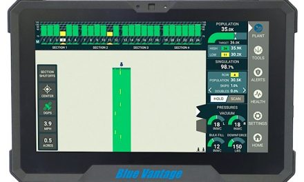 Kinze Electronics Introduces Blue Vantage™ and Blue Drive™