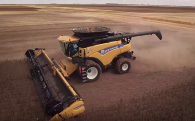 New World Record for Most Soybeans Harvested in 8 Hours [VIDEO]