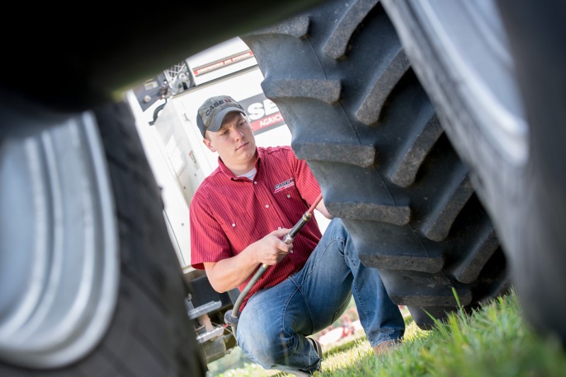 Keeping Your Tires and Tracks Rolling   QUICK TIPS