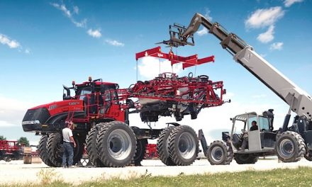 Keep Applications on Schedule With the Trident™  5550 Liquid/Dry Combination Applicator [VIDEO]