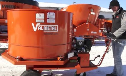 Self-Propelled Bedding Chopper from Valmetal