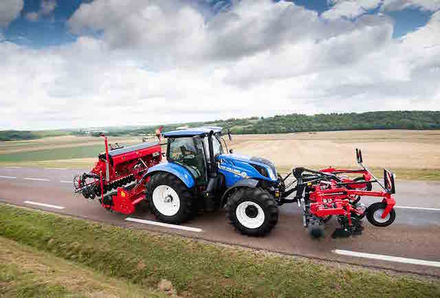 New Holland T6.175 Dynamic Command™ Tractor Wins Machine of the Year 2018 Award at Agritechnica