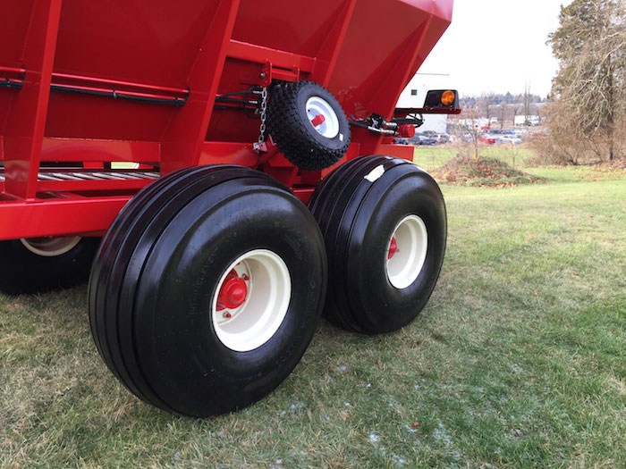 The dual-contact press wheel on the body chain ensures the strength to break out compacted lime load, and the precision to spread fertilizer- on the new CU-100 Ground-Driven Wet Lime Spreader, from Stoltzfus Spreaders, Morgantown, Pa., the company that invented the wet lime spreader in 1976.