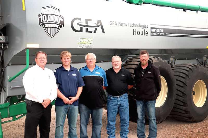 Milestone: 10,000th Liquid Manure Spreader Delivered by GEA
